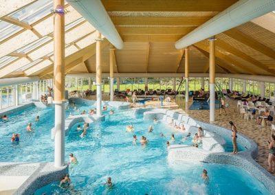 Vakantiepark-De-Krim-Zwembad-Binnenbad 1